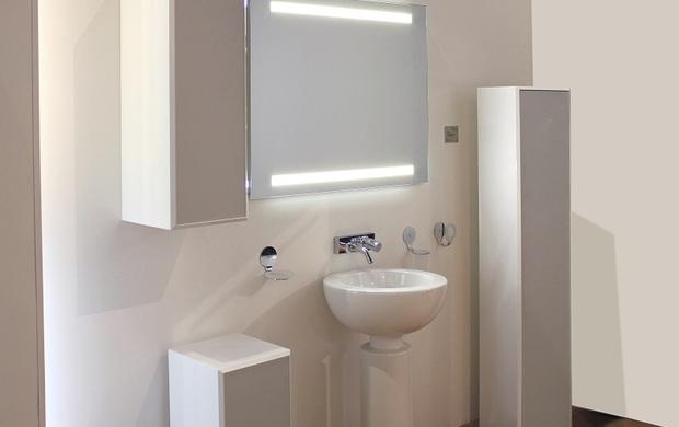 Specchiere retroilluminate by koh i noor ish design - Koh i noor accessori bagno ...