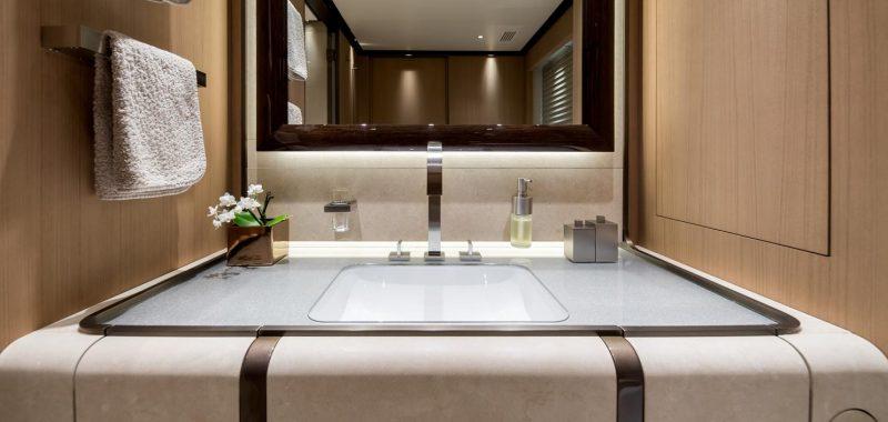 Le soluzioni Dornbracht salpano con lo yacht M/Y Vertige
