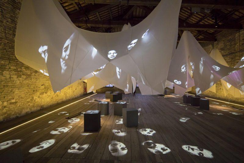Biennale dell'Architettura a Venezia: VitrA sostiene l'arte al Padiglione Turchia