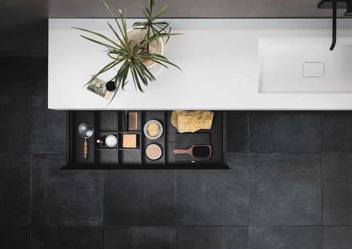 I mobili con lavabi integrati nel piano di Arbi Arredobagno